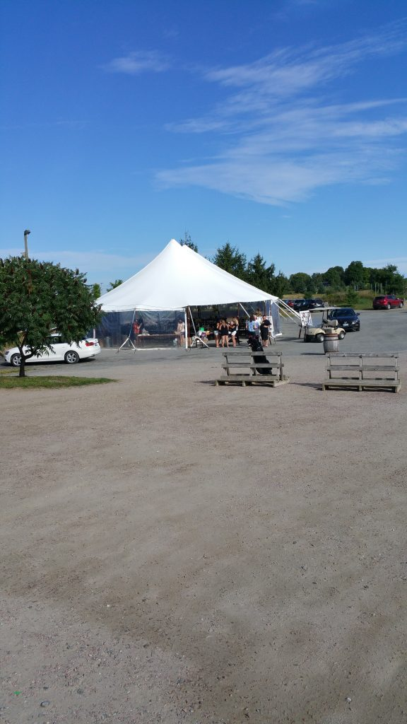 Tent 160827